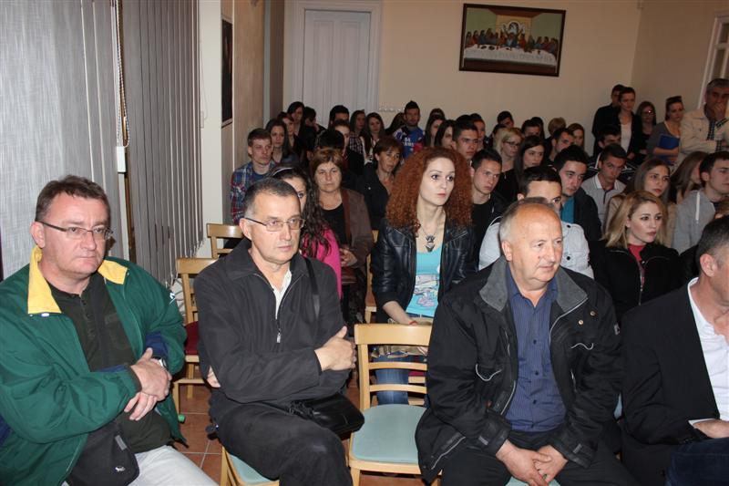 HKD Napredak potpore studentima